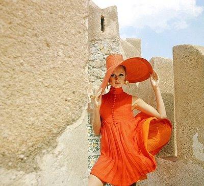 morrcon model orange dress
